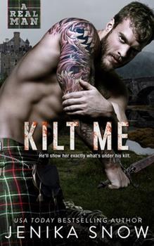 Paperback Kilt Me (A Real man, 12) Book