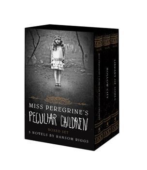 Paperback Miss Peregrine's Peculiar Children Boxed Set Book