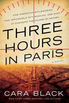 Paperback Three Hours in Paris Book