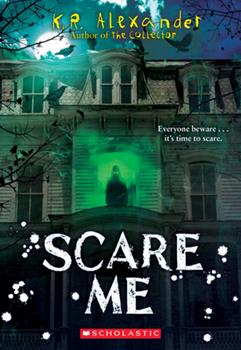 Paperback Scare Me Book