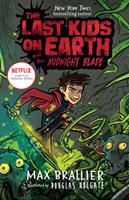 The Last Kids on Earth and the Midnight Blade 0425292118 Book Cover