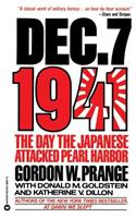 December 7, 1941: The Day Japanese Attacked Pearl Harbor 0446389978 Book Cover
