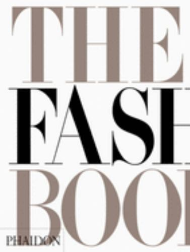 Paperback The Fashion Book