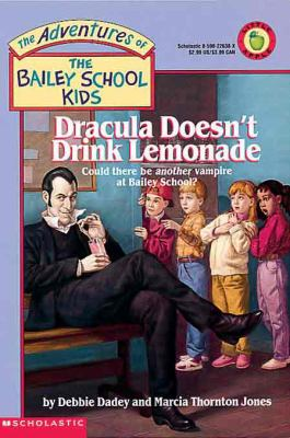 Dracula Doesn't Drink Lemonade (Turtleback Scho... 0785797599 Book Cover