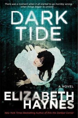 Paperback Dark Tide : A Novel Book