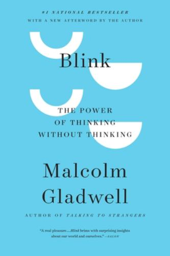 Paperback Blink : The Power of Thinking Without Thinking Book