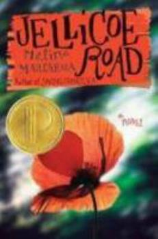 Paperback Jellicoe Road Book
