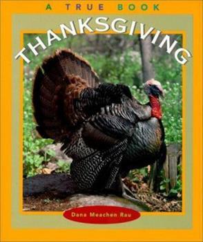 Paperback Thanksgiving (True Books) Book