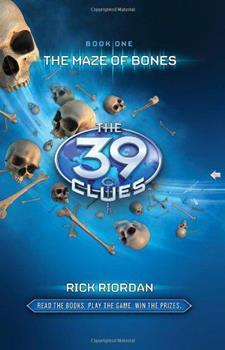 Paperback The Maze of Bones (39 Clues, No. 1) Book