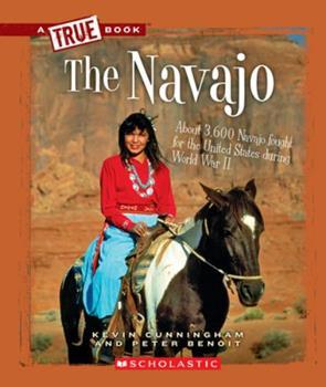 Paperback The Navajo (a True Book: American Indians) Book