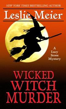 Hardcover Wicked Witch Murder [Large Print] Book