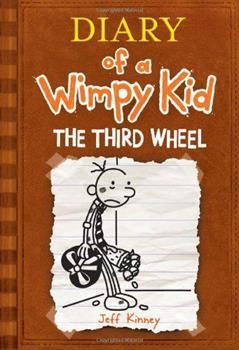 Paperback The Third Wheel (Diary of a Wimpy Kid Book 7) Book