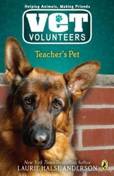 Paperback Teacher's Pet #7 Book