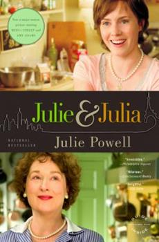 Paperback Julie and Julia : My Year of Cooking Dangerously Book
