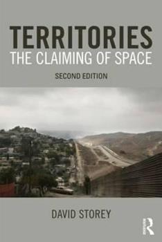 Territory: The Claiming of Space 0582327903 Book Cover