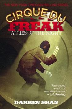 Paperback Cirque Du Freak: Allies of the Night Book