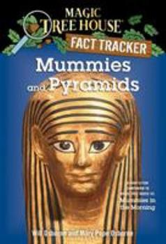 Paperback Mummies and Pyramids : A Nonfiction Companion to Magic Tree House #3: Mummies in the Morning Book