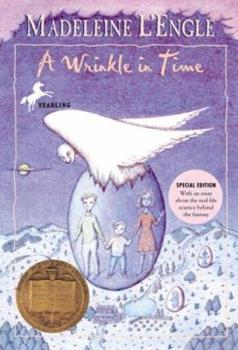 Paperback A Wrinkle in Time (The Time Quartet) Book