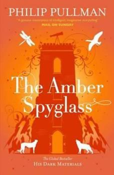 Paperback Amber Spyglass (His Dark Materials) Book