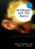 Heidegger and the Media 0745661262 Book Cover