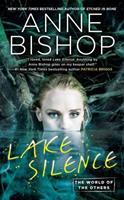 Lake Silence 0399587268 Book Cover