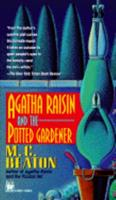 Agatha Raisin and the Potted Gardener 0312539142 Book Cover